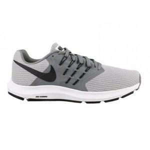 Nike - Run Swift Lightweight Running Shoe
